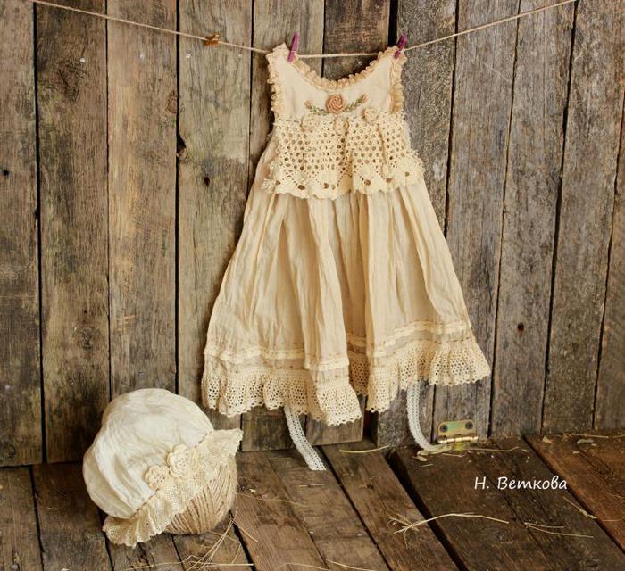 Состариваем одежду для винтажных кукол/1783336_37a0a46fd4286ceab4315405abef07ae (700x640, 94Kb)