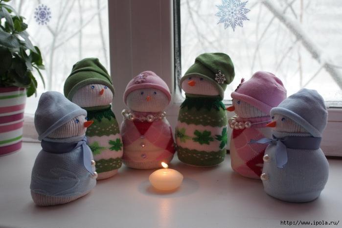"alt=""Снеговик из носков своими руками""/2835299_Snegovik_iz_noskov_svoimi_rykami_vtoroi__ (700x466, 155Kb)"