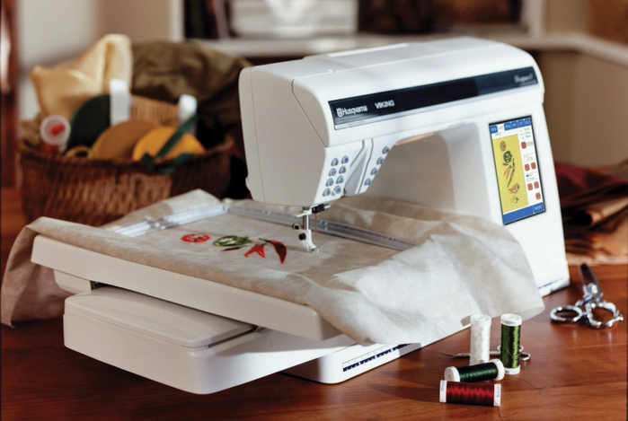 sewing_embroidery_machine_husqvarna_designer_i_6 (700x469, 315Kb)