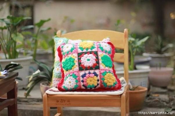 Бабушкин квадрат с цветком. Вяжем подушку (2) (603x399, 136Kb)