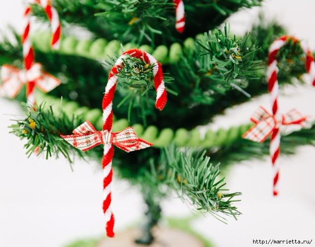 Посох деда Мороза. Украшаем новогоднюю елочку подвесками (8) (636x499, 192Kb)