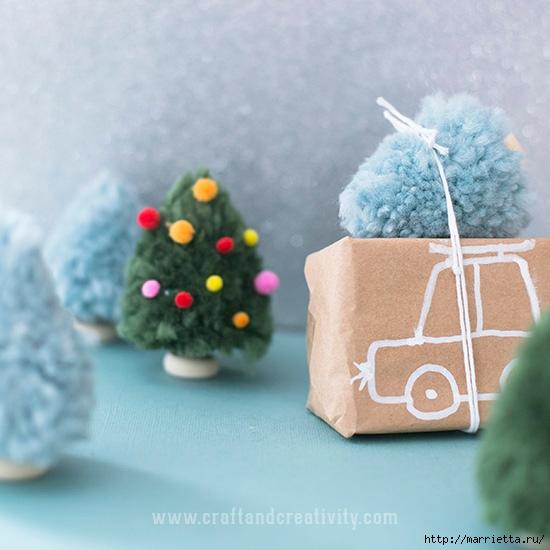 Миниатюрные новогодние елочки из помпонов (5) (550x550, 164Kb)