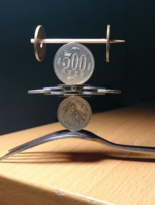балансирующие монеты 3 (530x700, 248Kb)
