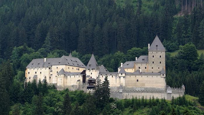 средневековый замок моосхам австрия 1 (700x396, 343Kb)