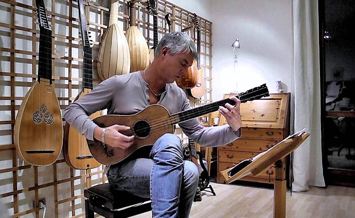 3906024_Stradivari1679guitar (700x430, 153Kb)