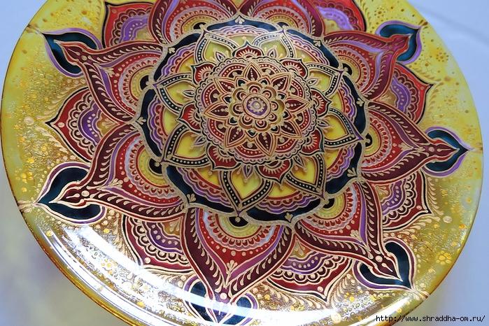тарелка декоративная от Shraddha(6) (700x466, 424Kb)
