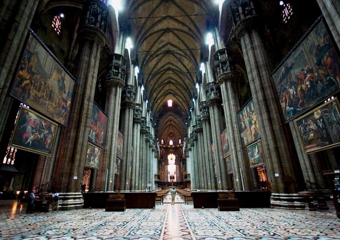 миланский кафедральный собор 16 (700x495, 467Kb)