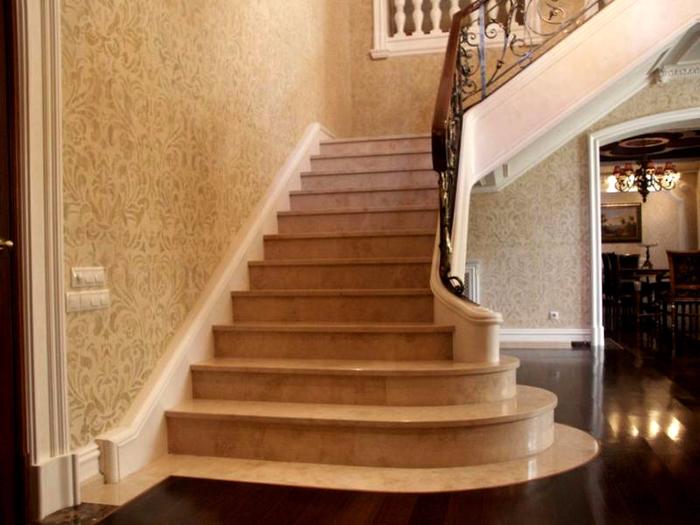 Из чего сделать лестницу для дома (5) (700x525, 324Kb)