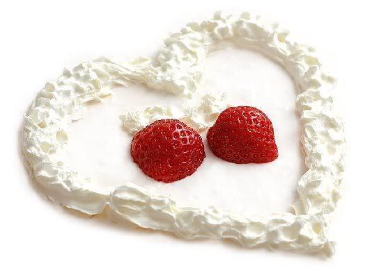 shs_whipCreamHeartStrawberries (544x399, 23Kb)
