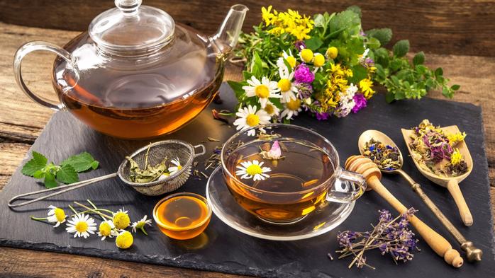 tea-flowers-chamomile-chai-tsvety-polevye-romashki (700x393, 396Kb)