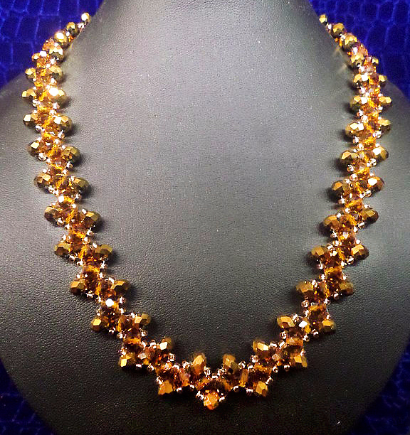 free-beaded-necklace-tutorial-gold-1 (576x612, 502Kb)