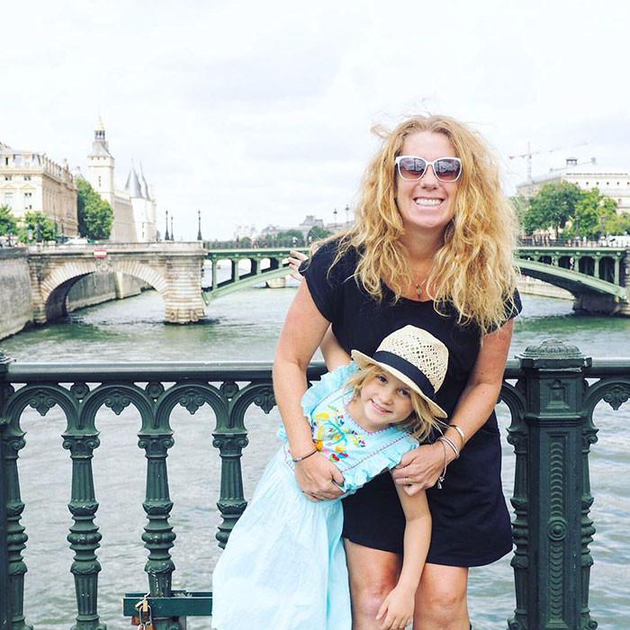 кругосветное путешествие мамы с дочкой 1 (700x700, 393Kb)