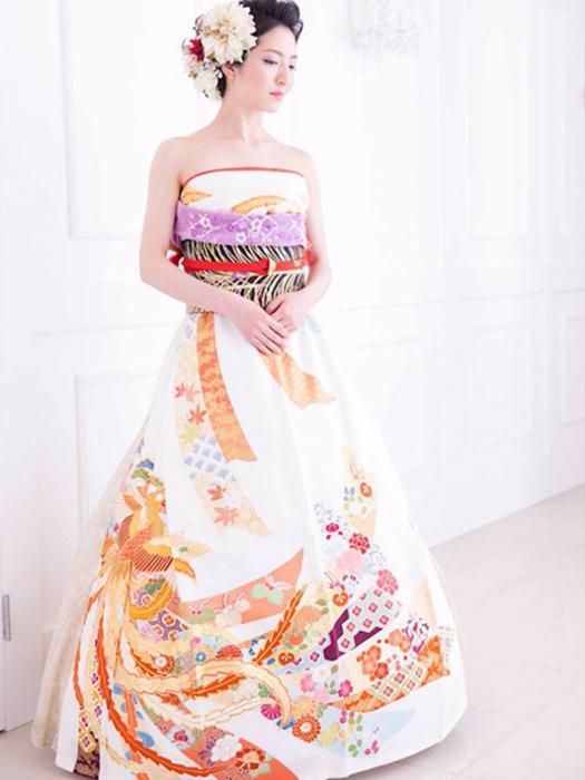 свадебные платья из кимано 5 (525x700, 257Kb)