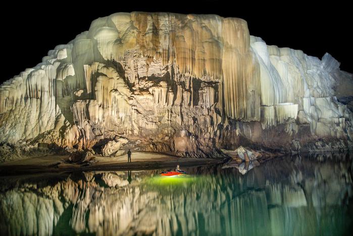 пещера Tham Khoun в лаосе 11 (700x467, 381Kb)
