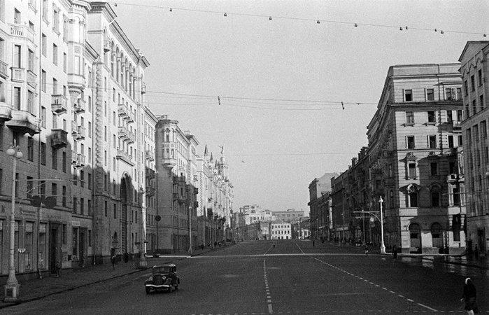 Москва_Тверская1 (700x450, 78Kb)