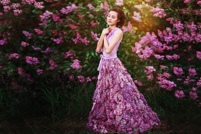 lilac-dreams-dress-girl-flowers-lilac (700x466, 105Kb)