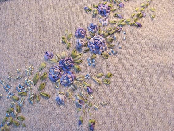 вышивка-лентами-на-трикотаже (567x425, 320Kb)