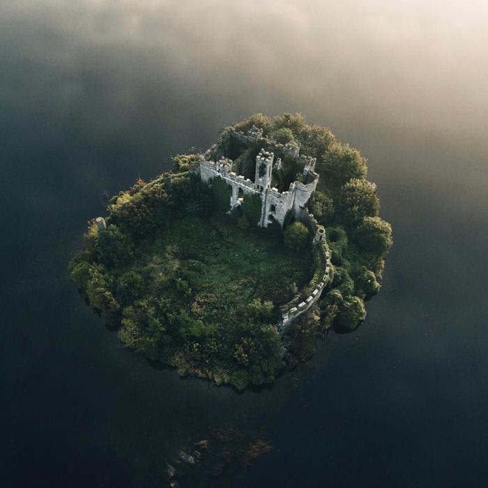 замок на острове Касл Айленд ирландия 19 (700x700, 331Kb)