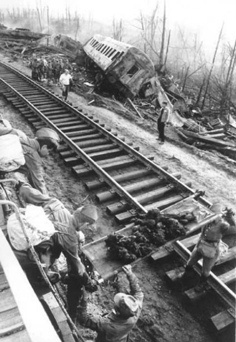 Самая страшная железнодорожная катастрофа в Советском Союзе - Ашинская трагедия 1989 года
