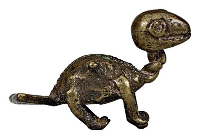 Древние изображения динозавров, обнаруженные криптозоологами
