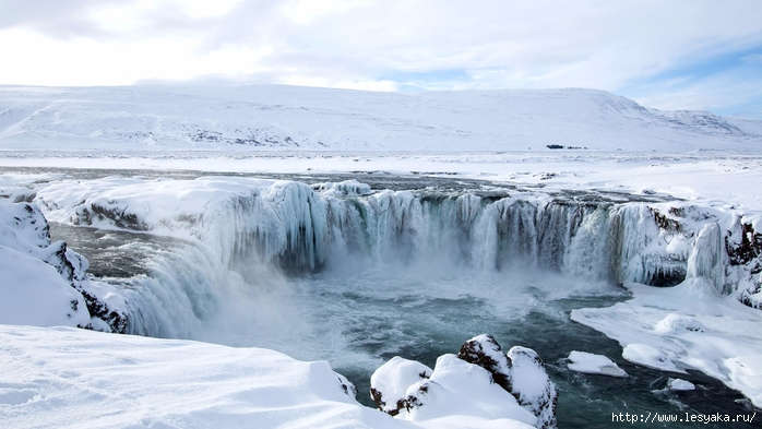 godafoss-north-iceland-winter (700x393, 209Kb)