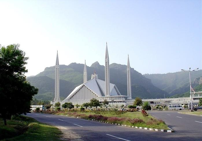 Что запрещено делать в мечети
