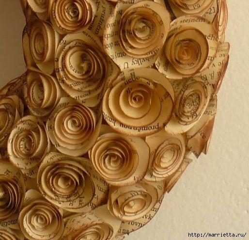 Интерьерные венки с розочками из книжных страниц (4) (514x495, 180Kb)