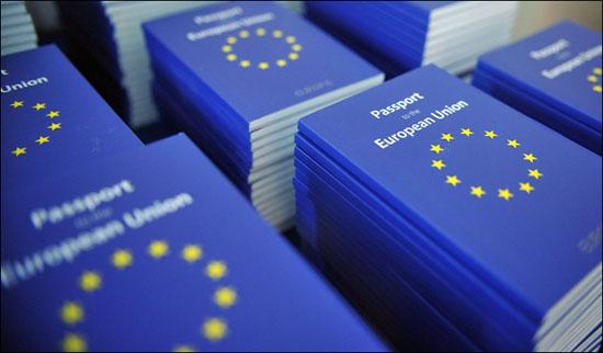 ВНЖ и ПМЖ в Европе – реальная необходимость или предпочтение?