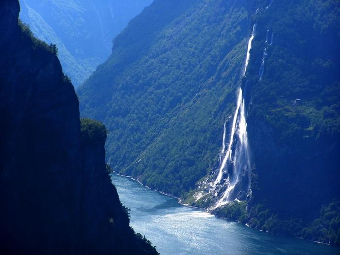 6108242_waterfall_9 (700x525, 229Kb)