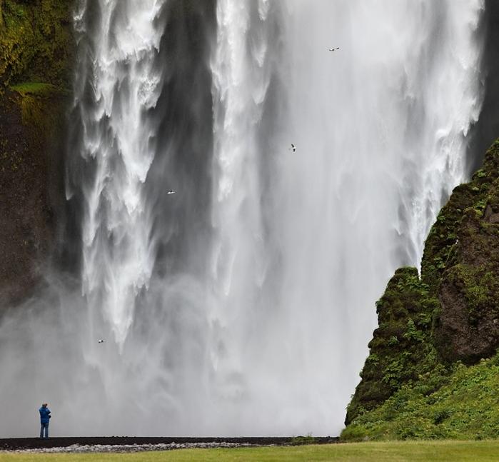 6108242_waterfall_2 (700x647, 163Kb)