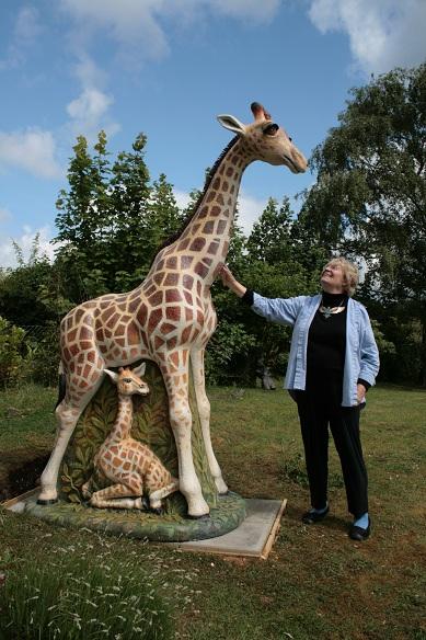 giraffe (689x900, 128Kb)