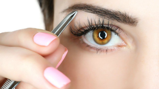 4045361_eyebrowplucking (656x369, 36Kb)