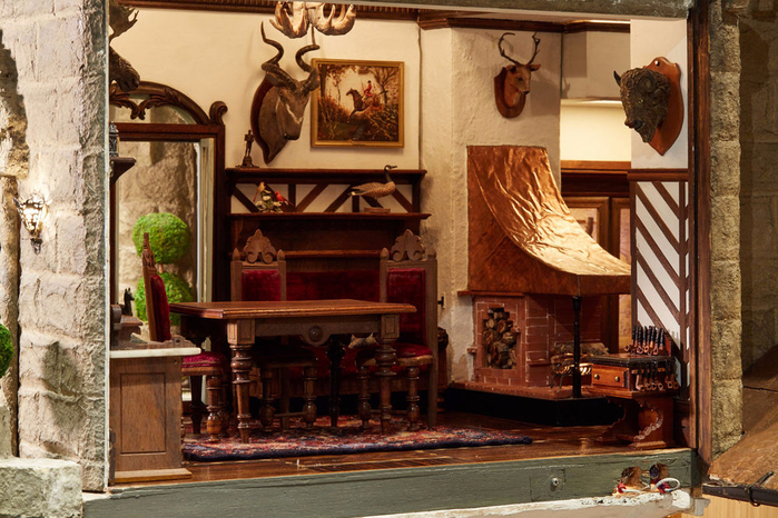 замок Astolat Dollhouse фото 11 (700x466, 452Kb)