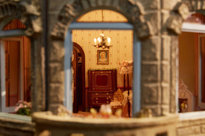 замок Astolat Dollhouse фото 16 (700x466, 320Kb)