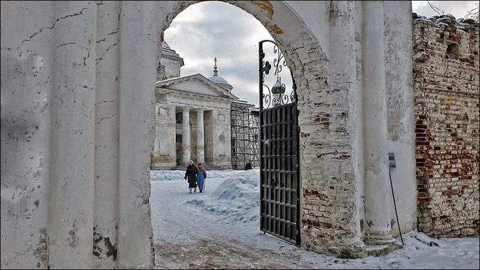 Торжок. Борисоглебский  монастырь