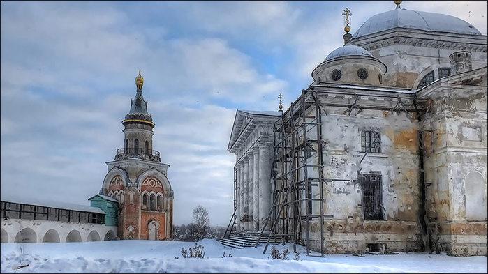 Торжок. Борисоглебский монастырь. Свечная башня