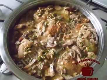 Куриные бедрышки в грибном соусе готовы (365x274, 129Kb)