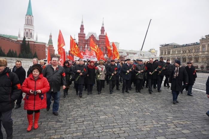 К Сталину (700x466, 237Kb)