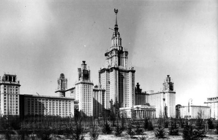 32 любопытных факта о сталинских высотках