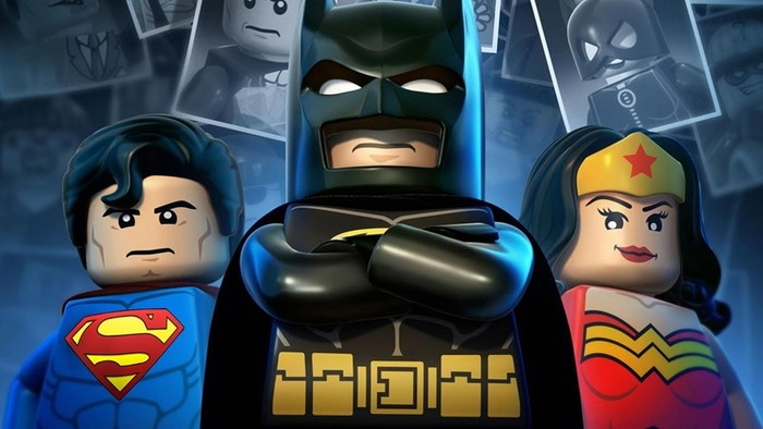 Новые скульптуры супергероев DC Comics из «кирпичиков» Lego