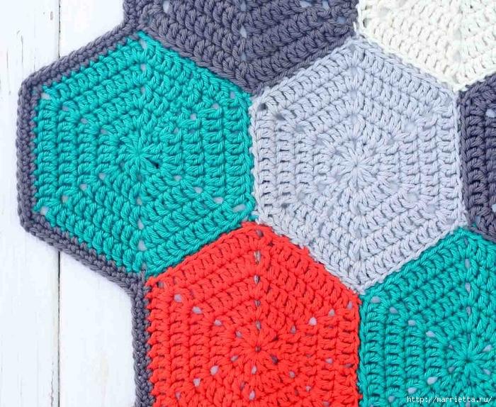 Разноцветный плед крючком шестиугольными мотивами (11) (700x574, 396Kb)