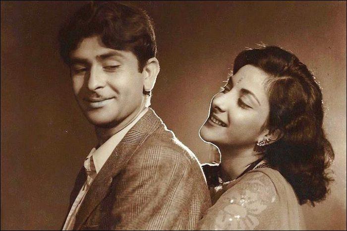 Raj-Kapoor-and-Nargis[1] (700x466, 55Kb)