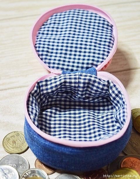 Шьем кошелек из джинсов с вязаной крючком розой (26) (478x610, 276Kb)