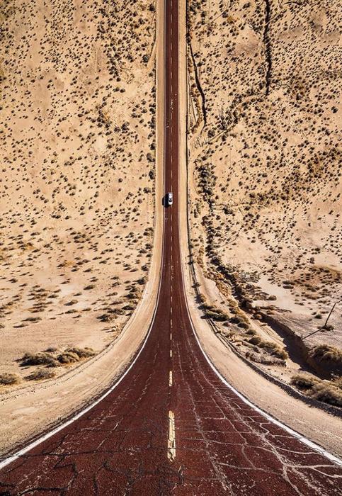 surreal-landscape-photos-flatland-aydin-buyuktas-1-58c6a0a72822d__700 (483x700, 513Kb)