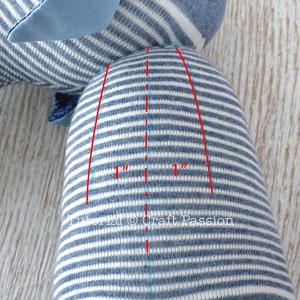 Шьем игрушки из носков - СЛОНИКИ (28) (300x300, 113Kb)