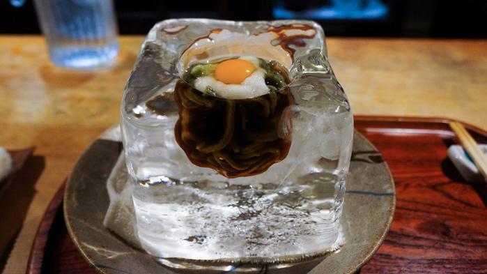 суп удон в ледяных чашах