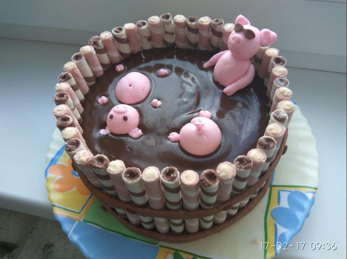 торт с поросятами (700x521, 508Kb)