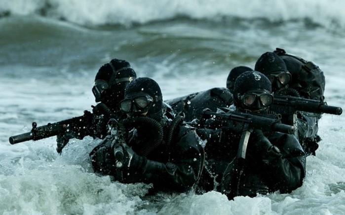 «Морские котики» Военно морских сил США: колоритные фотографии бравых парней