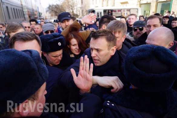 zaderzhanie_navalnyy_1 (585x390, 161Kb)