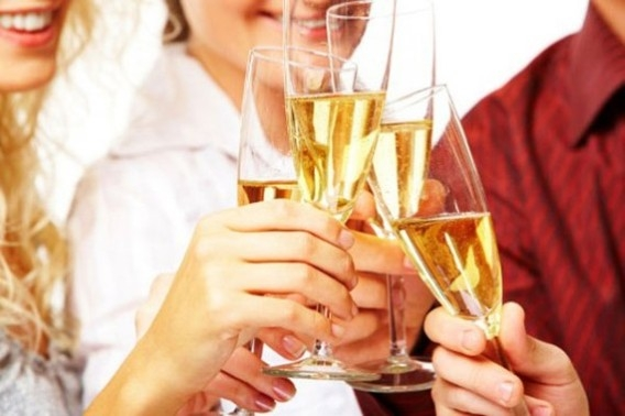 dinovanmoorsel-je-drinkt-meer-alcohol-dan-je-denkt1.jpg1 (568x378, 109Kb)